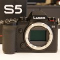 First Look Lumix S5: full frame 4K
