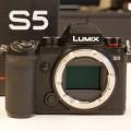First Look Lumix S5: full frame 4K