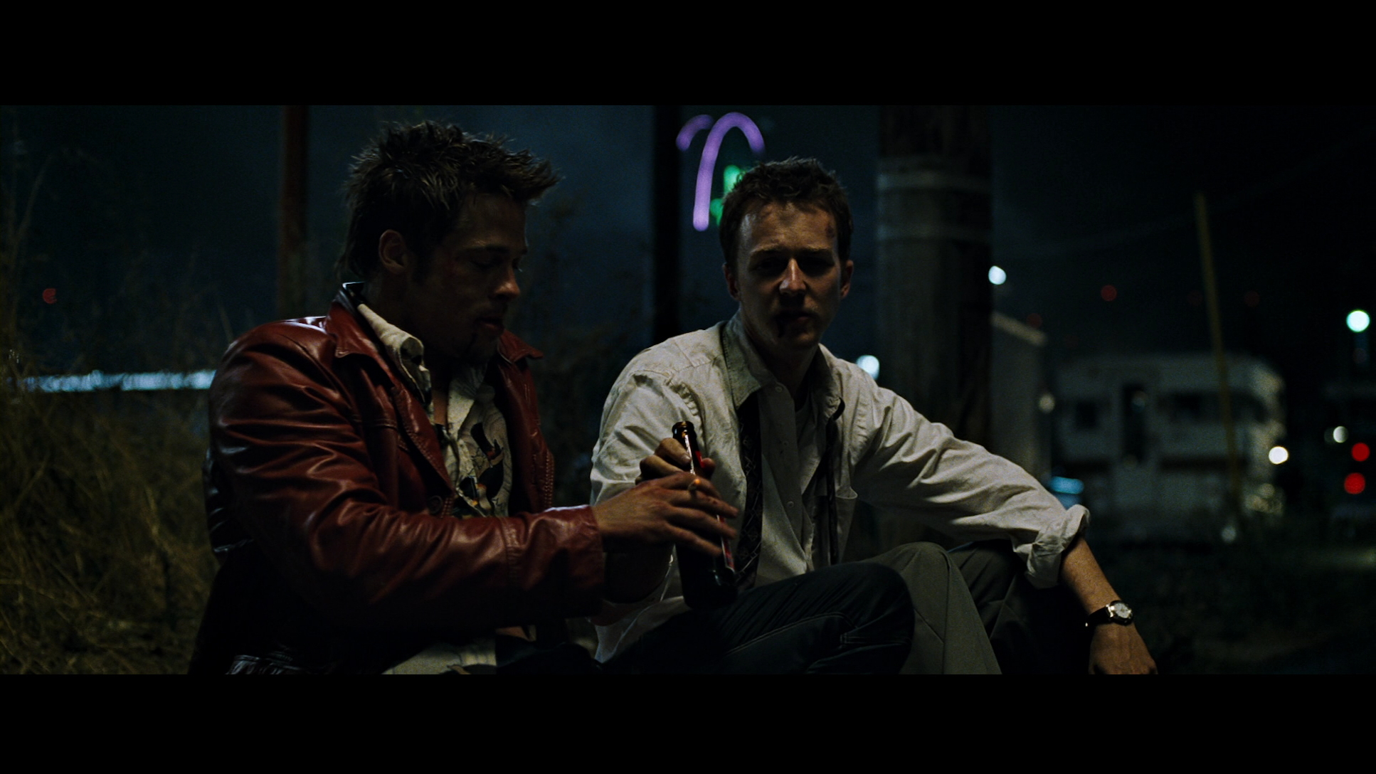 fight club cinematography Fight club - posted in lighting: theres a scene in fight club where brad pitt is in a bar and there is this bright green on his face i've seen it in a lot of different movies and still haven't been a ble to find out what gel and type of light they used.